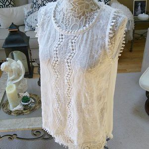 FEMININE LACE & Sheer HI LO BLOUSE SZ M By W5